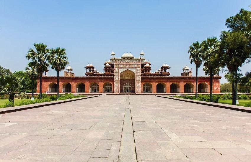 AgraAkbars Tomb
