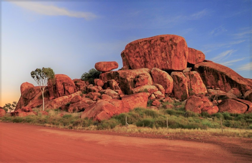 Ayers Rock Devil Marbles