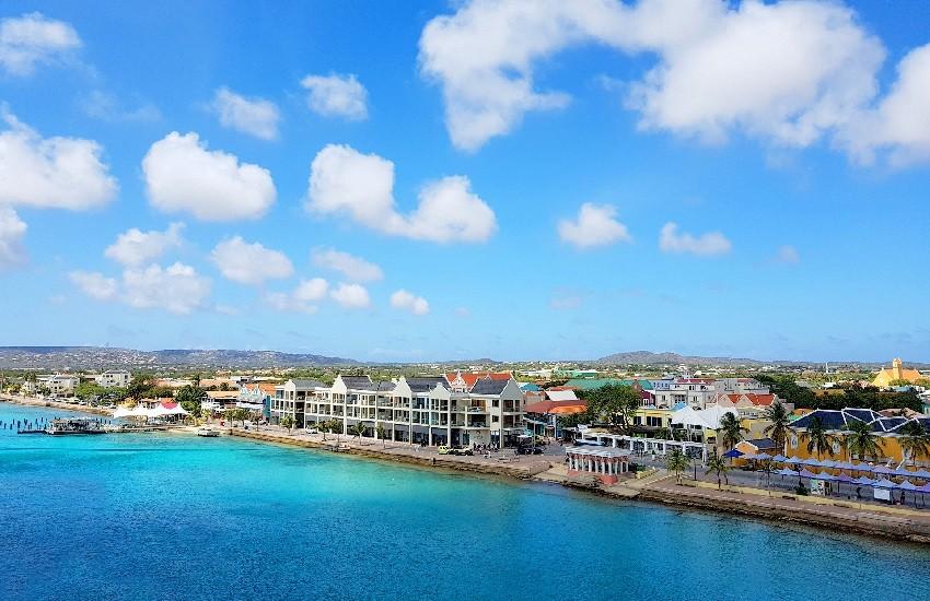 Bonaire Kralendijk Harbour