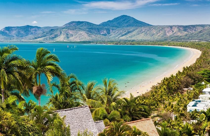 Cairns Port Douglas Beach