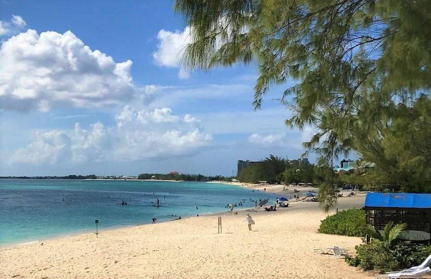 Caymans Seven Mile Beach3