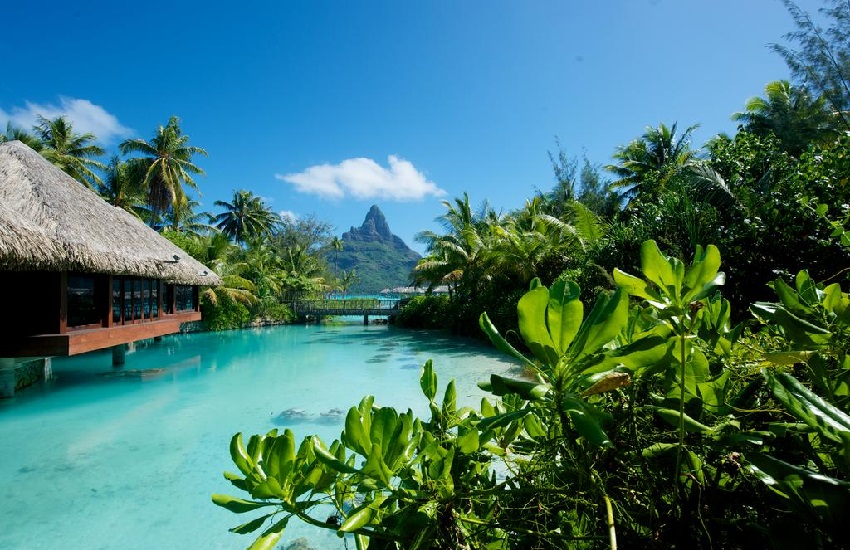 Hotel Lagoon2