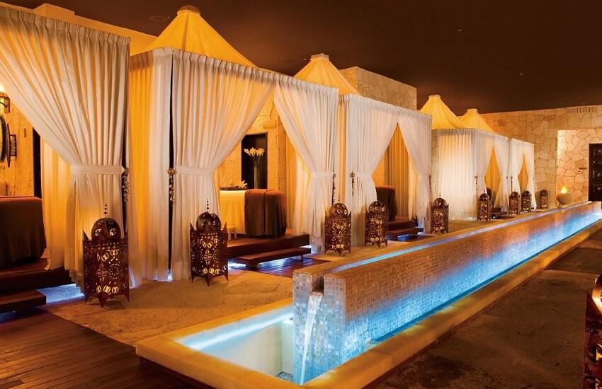 Hotel Spa Cabanas