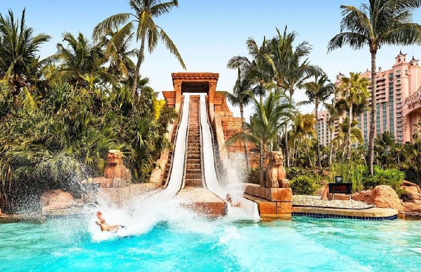 Hotel Waterpark Slide