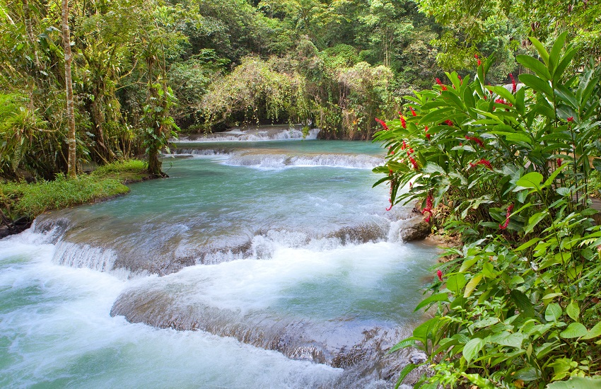 Jamaica Dunn's River waterfalls