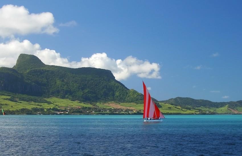 Mauritius Sea Sailing