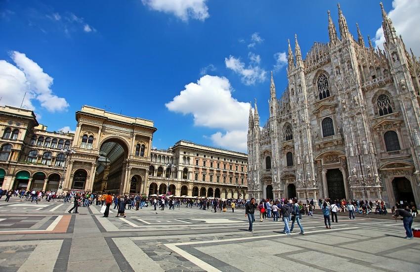 Milan Piazza Duomo