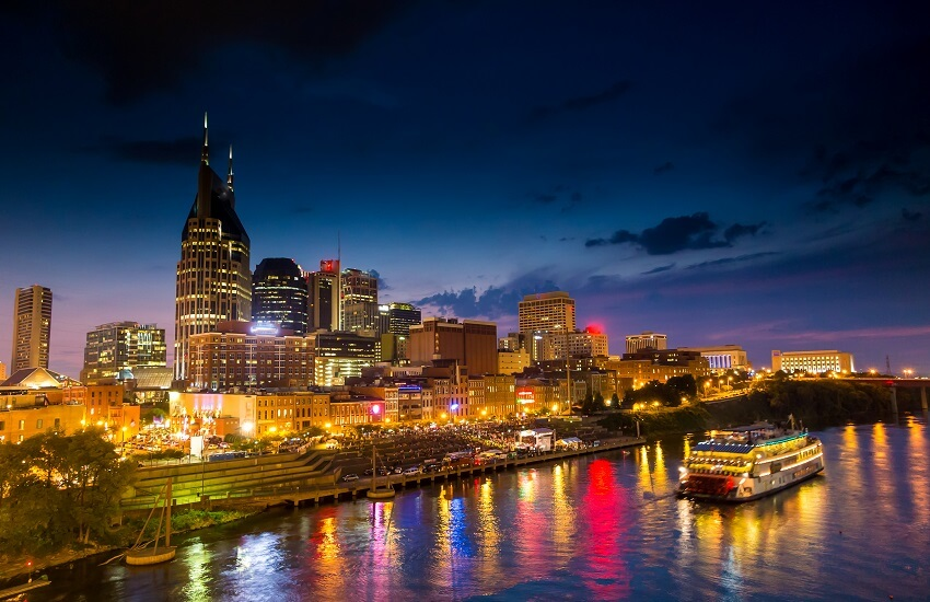 Nashville Tennessee downtown skyline at twilight