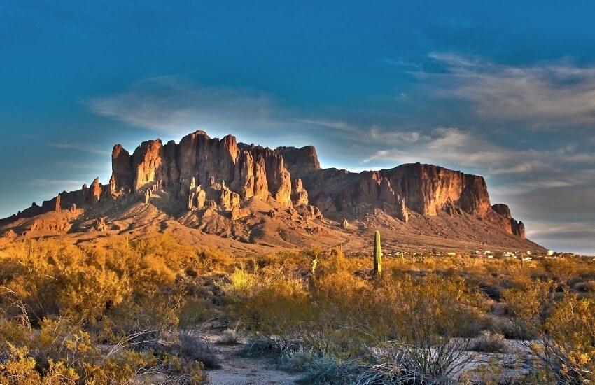 Phoenix Superstition Mountain