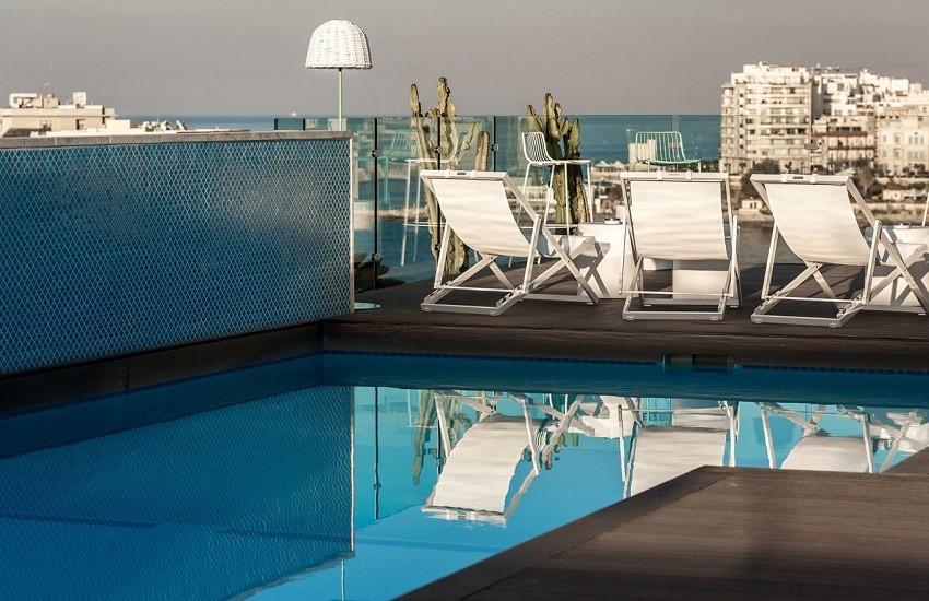 Pool Loungers