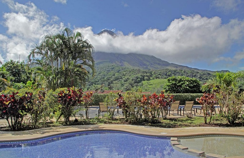 Pool Volcano