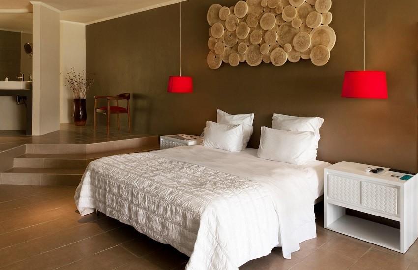Room Exec Suite