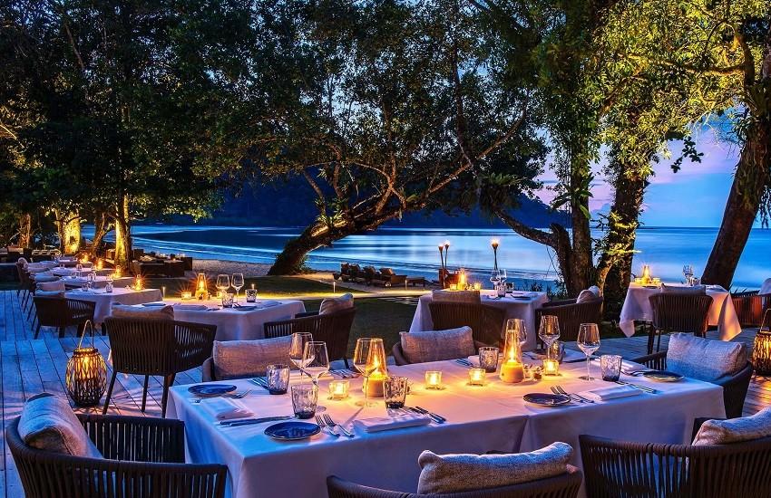 Restaurant Beach Club Night