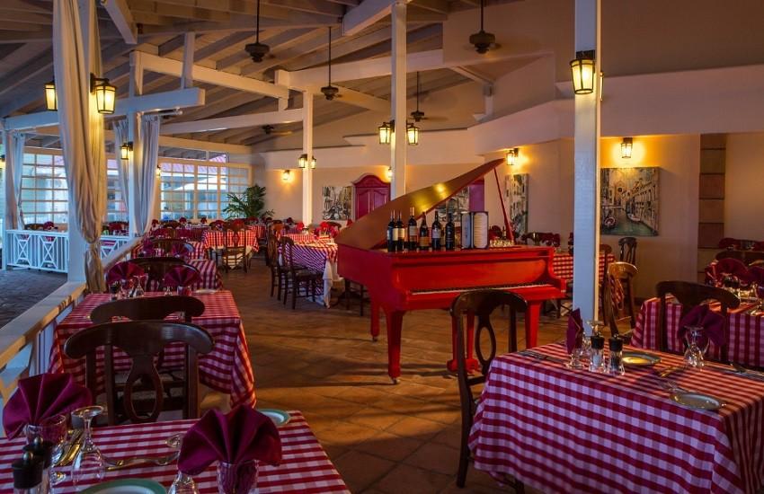 Restaurant Chef Pietros