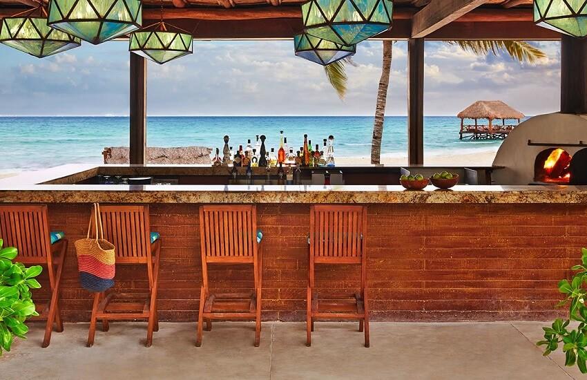 Restaurant Coral Bar