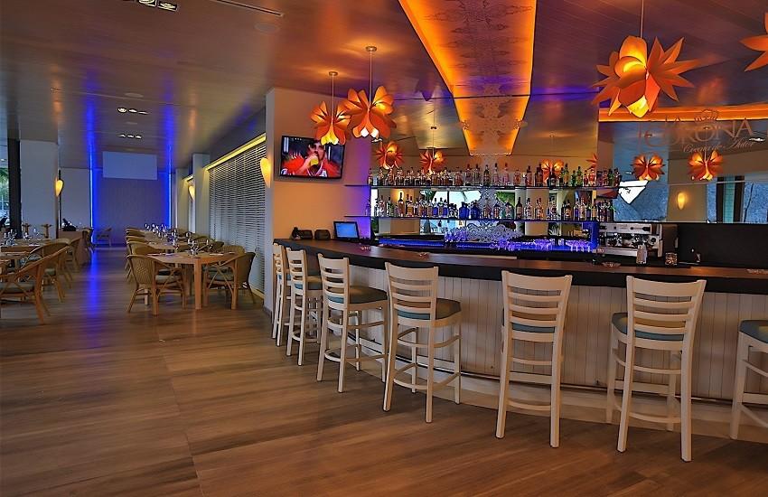 Restaurant La Corona Bar