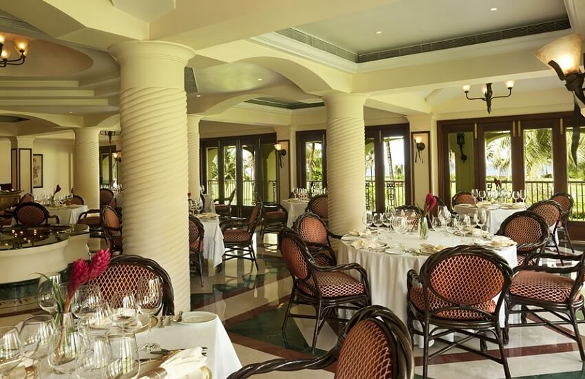 Restaurant Miguel Arcanjo
