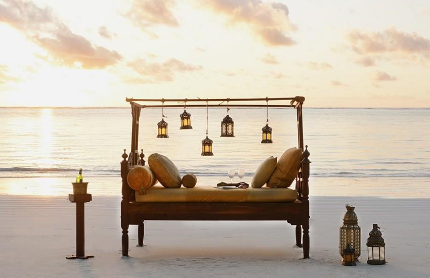 Romantic Beach Dining