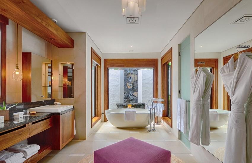 Room Beach Villa Bathroom