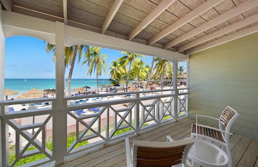 Room Beachfront Balcony