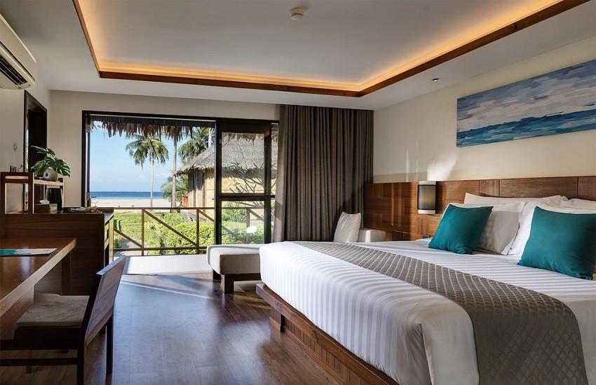 Room Beachfront Junior Suite