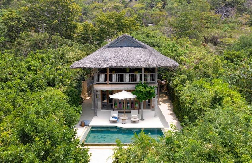 Room Beachfront Villa