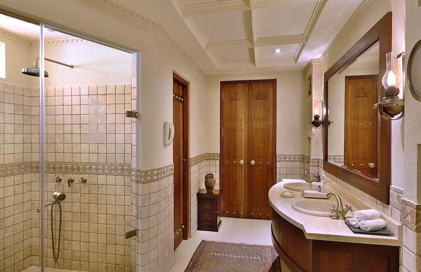 Room Bedouin Suite Bathroom