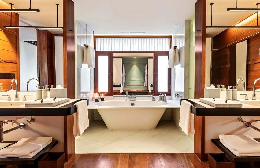 Room Canopy Bathroom