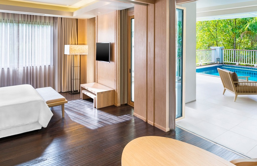 Room Club Suite PlungPool