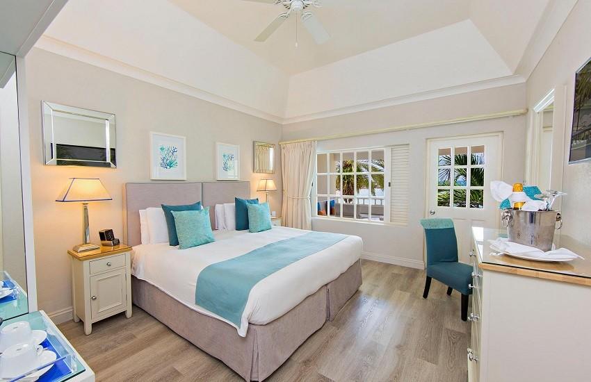 Room Deluxe Beachfront