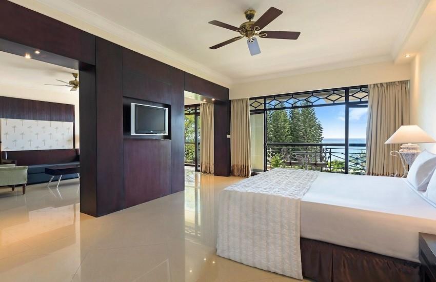 Room Delxue Suite