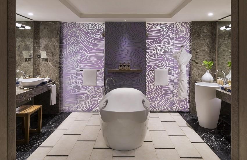Room Frangipani Bathroom