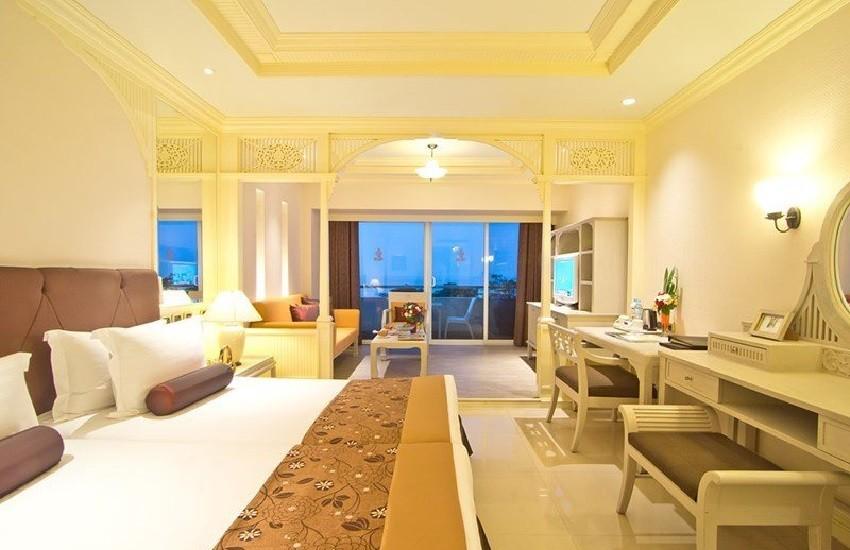 Room Mini Suite Sea