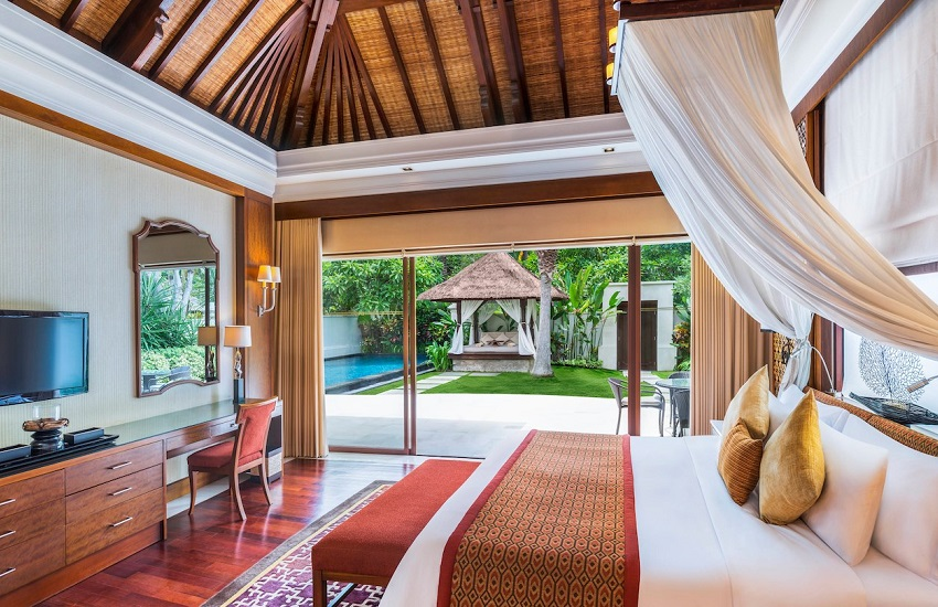 Room Pool Villa Bedroom