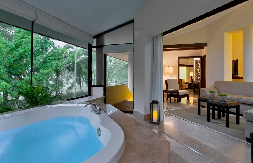 Room Private Jacuzzi