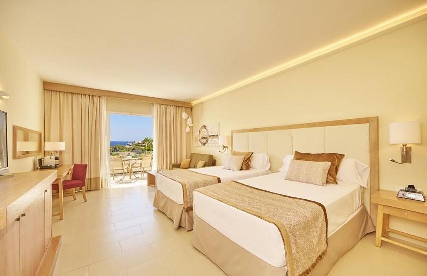 Room Sea Veiw