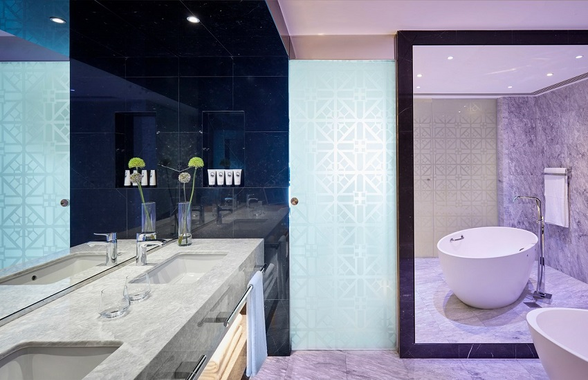 Room Suite Bathroom