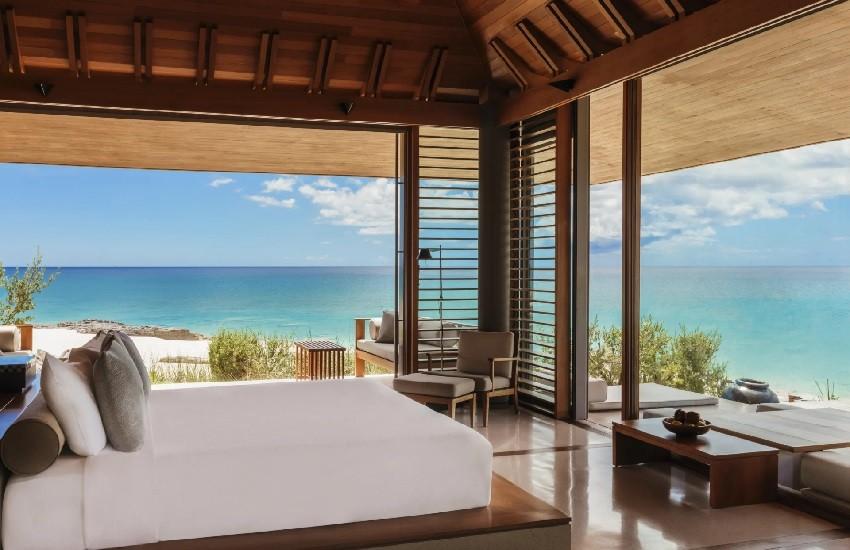 Room Villa Bedroom Sea