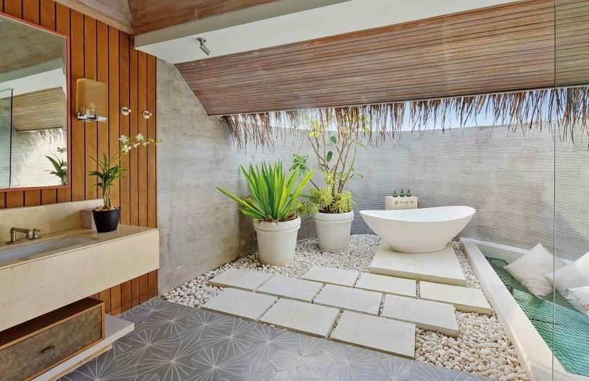 Room Water Villa Bathroom