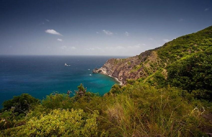 Saba Coastline