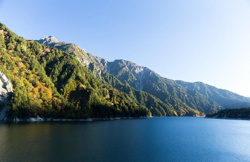 Takayama Lake