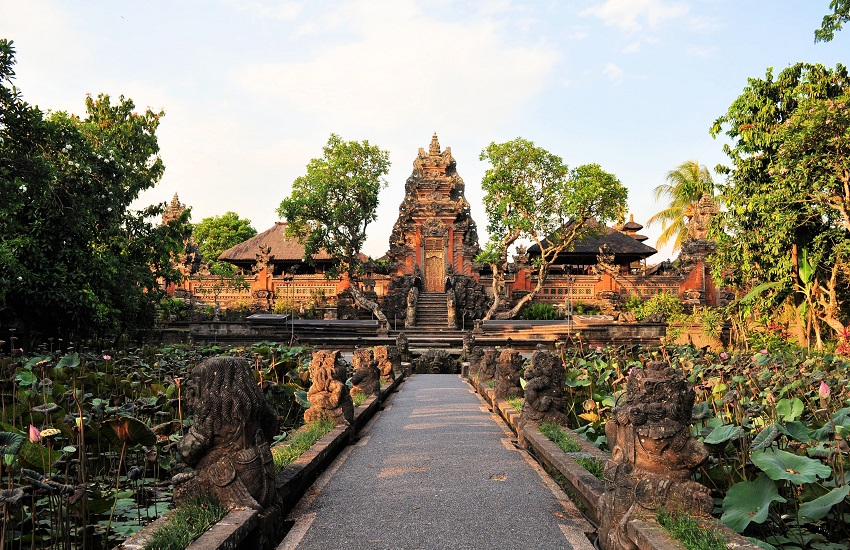 Ubud Temple2