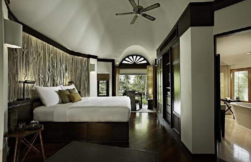 Room Deluxe Pavilion Bedroom